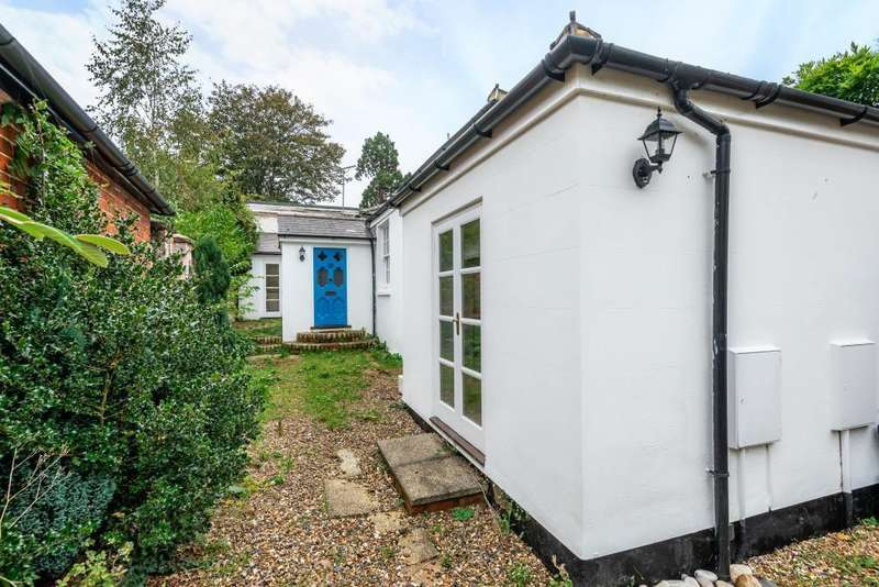 3 Bedrooms Terraced House for sale in High Street, Wargrave, Reading, RG10