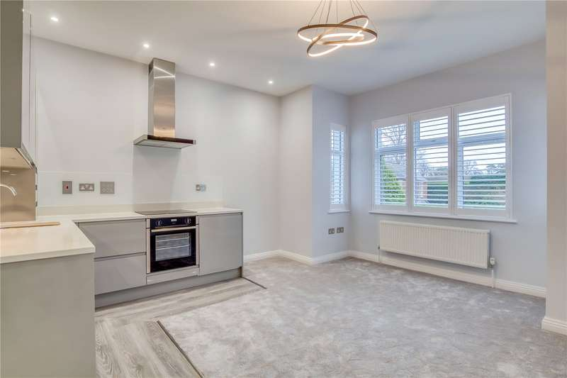 1 Bedroom Flat for sale in Kennel Ride, Ascot, Berkshire