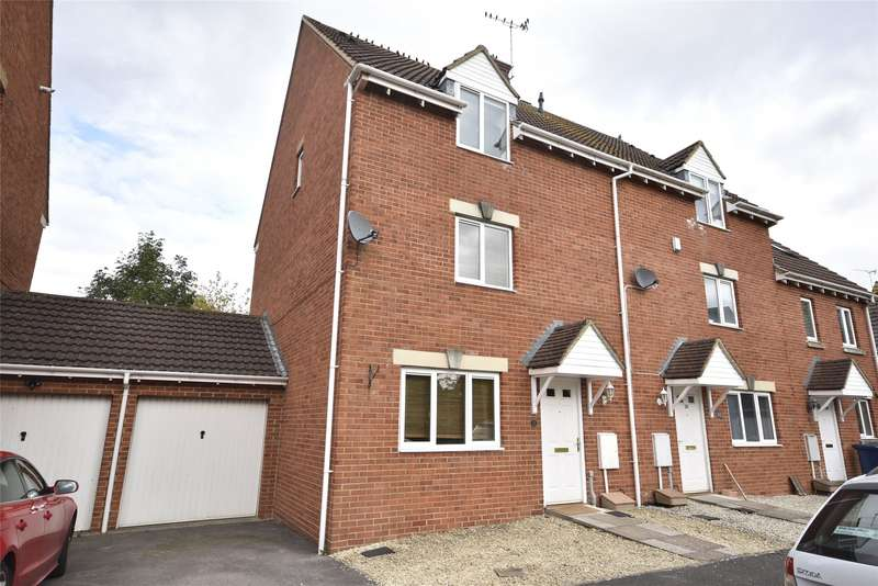 3 Bedrooms Terraced House for rent in Hanson Gardens, Bishops Cleeve, CHELTENHAM, Gloucestershire, GL52
