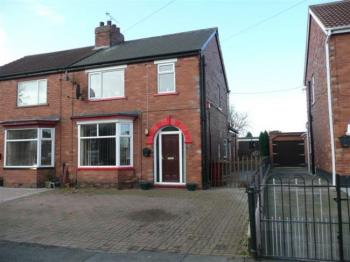 3 Bedrooms Semi Detached House for sale in Crosby Avenue, Scunthorpe