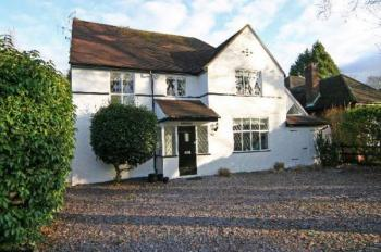 5 Bedrooms Detached House for sale in Rose Cottage, Bushey Heath,