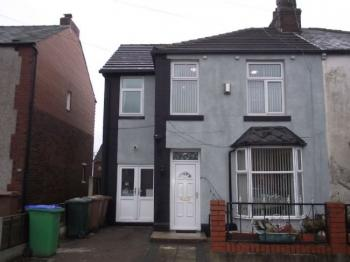 5 Bedrooms Semi Detached House for sale in Lynton Avenue, Rochdale. Extended five bedroom semi detached with substantial conservatory and driveway parking.