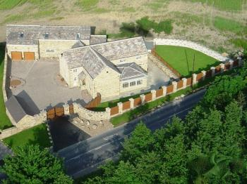 6 Bedrooms Detached House for sale in Higham, Barnsley