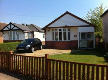 3 Bedrooms Detached Bungalow for sale in Victoria Road, Bridgnorth