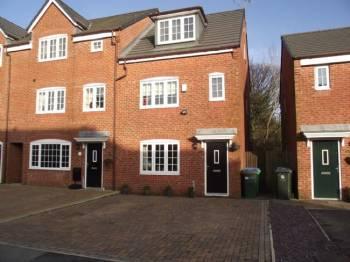 4 Bedrooms Terraced House for sale in George Street, Hurstead, Rochdale