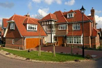 6 Bedrooms Detached House for sale in Cleopatra Close, STANMORE
