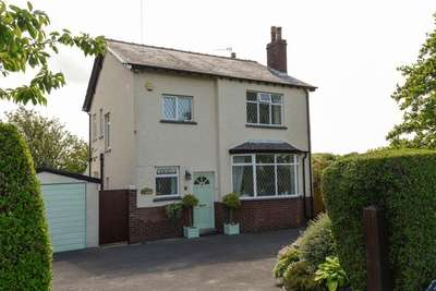 3 Bedrooms Property for sale in High Lane, Burscough