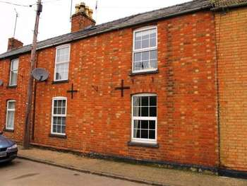 5 Bedrooms Terraced House for sale in 5 Bedroom Terraced Cottage with Outbuilding