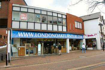 Commercial Property for rent in High Street, Aylesbury, Bucks