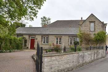 3 Bedrooms Detached House for sale in St Andrews Street, Kirton Lindsey