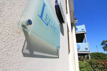 2 Bedrooms Flat for sale in Penn Hill Avenue, Poole