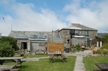 5 Bedrooms Detached House for sale in Penderleath, St Ives