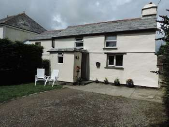 3 Bedrooms Detached House for sale in TREGLASTA , Nr BOSCASTLE , NORTH CORNWALL