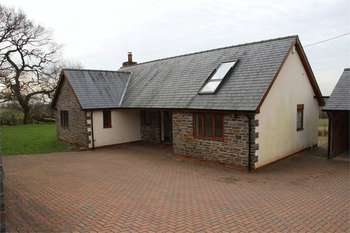 4 Bedrooms Detached House for sale in Coles Cottage, Langstone.