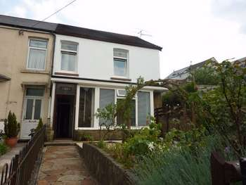 3 Bedrooms End Of Terrace House for sale in 61 Neath Road, Maesteg, Maesteg, Mid Glamorgan