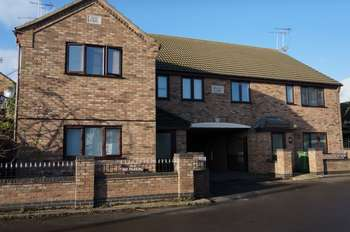 2 Bedrooms Flat for sale in Bruces Court, Whittlesey, PE7