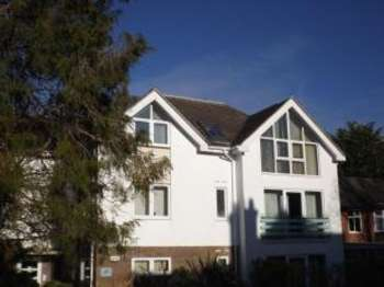 2 Bedrooms Flat for sale in 44 Penn Hill Avenue, Poole, Dorset