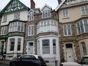 1 Bedroom Flat for sale in High Street, Bideford