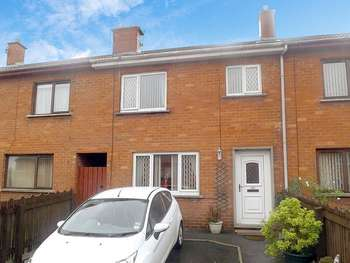 3 Bedrooms Terraced House for sale in Edenderry Park, BANBRIDGE, County Down