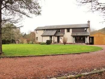4 Bedrooms Detached House for sale in Tallahaugh, Tweedsmuir, Biggar