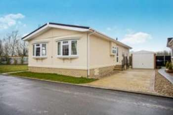 2 Bedrooms Mobile Home for sale in Witchford, Ely, Cambridgeshire