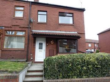 3 Bedrooms Terraced House for sale in Bramble Avenue, Oldham