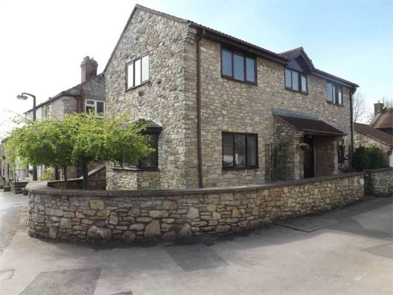 3 Bedrooms Detached House for sale in Prospect Close, Hillam, Leeds, North Yorkshire