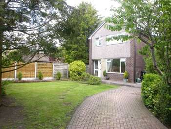 3 Bedrooms Detached House for sale in POYNTON (SWAN CLOSE)