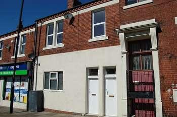 5 Bedrooms Flat for sale in ** PAIR OF FLATS ** Bewicke Road, Wallsend