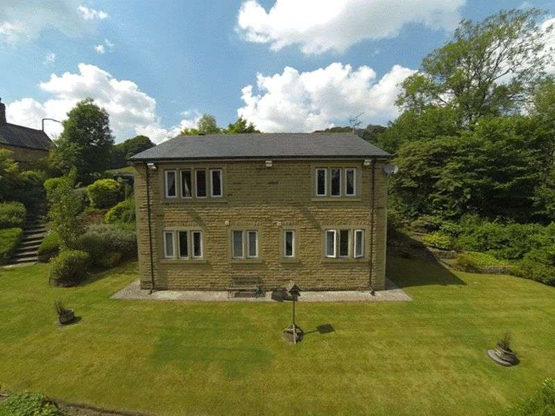 5 Bedrooms Detached House for sale in Burnley Road, Sowerby Bridge