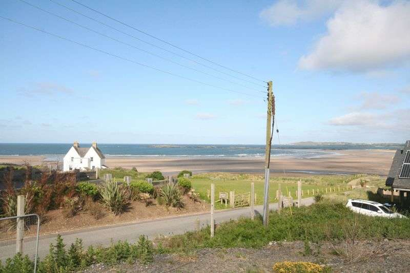 4 Bedrooms Property for sale in Rhosneigr, Anglesey