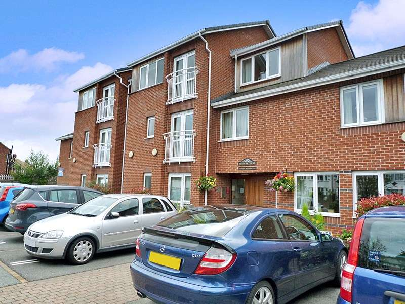 1 Bedroom Retirement Property for sale in Henbury Court, St. Helens, WA10 4RA