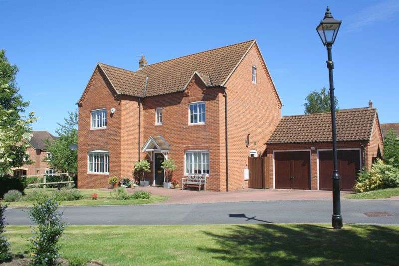 5 Bedrooms Detached House for sale in Lower Drive, Besford