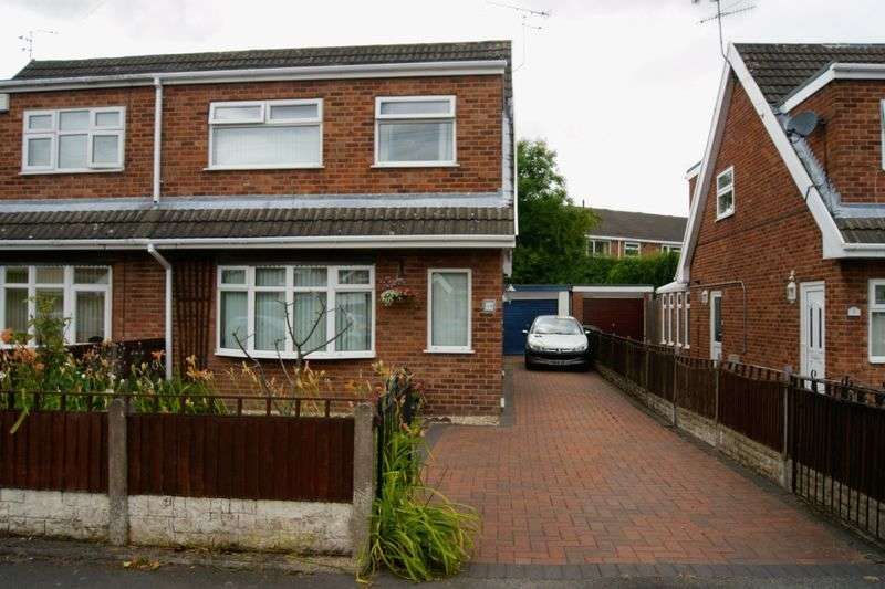 3 Bedrooms Semi Detached House for sale in Fferm Llidiart Werdd, Coedpoeth, Wrexham