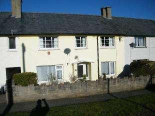 3 Bedrooms Terraced House for sale in Adwy Ddu Estate, Penrhyndeudraeth, Gwynedd, LL48