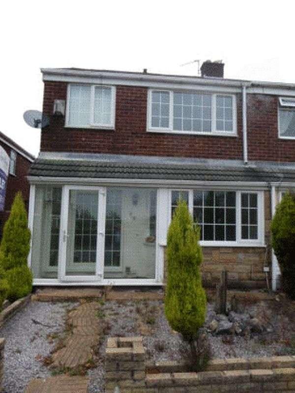 3 Bedrooms Semi Detached House for sale in St. Albans Avenue, Ashton-Under-Lyne