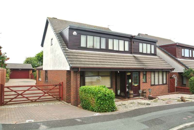 5 Bedrooms House for sale in Pendle Close, Blackpool, FY3 7LZ