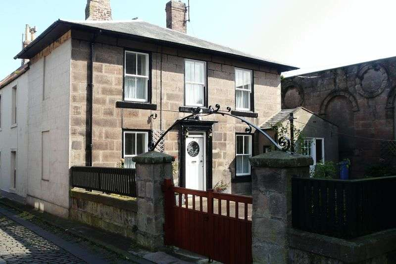2 Bedrooms Semi Detached House for sale in College Place, Berwick-Upon-Tweed