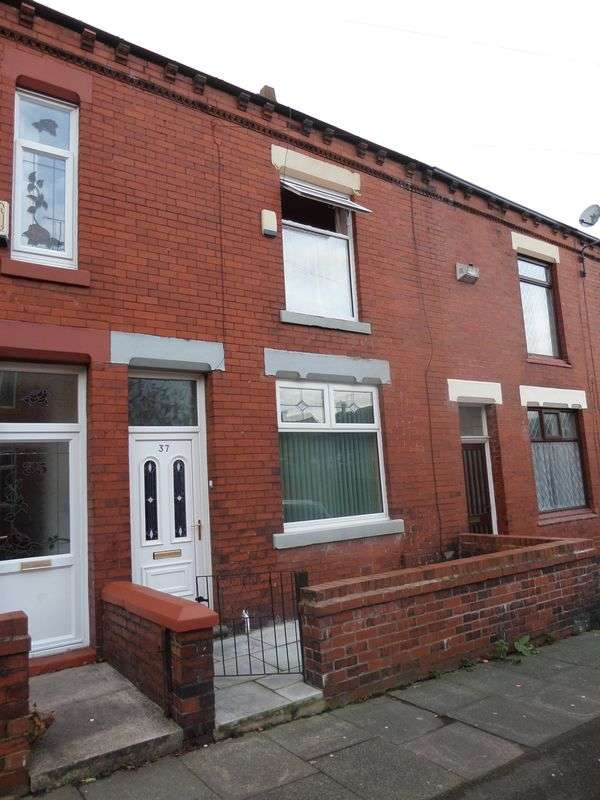 3 Bedrooms Terraced House for sale in Hardman Street, Oldham