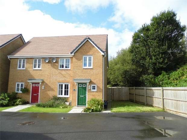 3 Bedrooms Semi Detached House for sale in Ffordd Maendy, Sarn, Bridgend, Mid Glamorgan