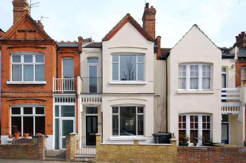 3 Bedrooms Maisonette Flat for sale in Rathcoole Gardens, Crouch End, N8