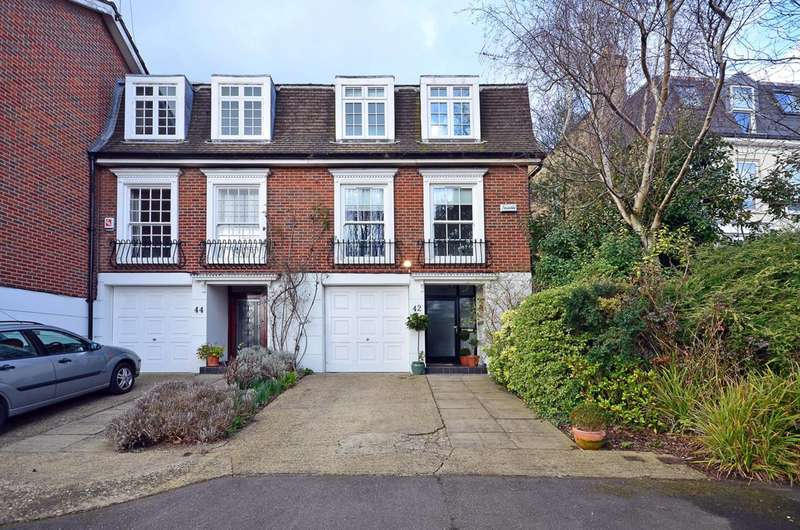 3 Bedrooms House for rent in Cottenham Park Road, Wimbledon, SW20
