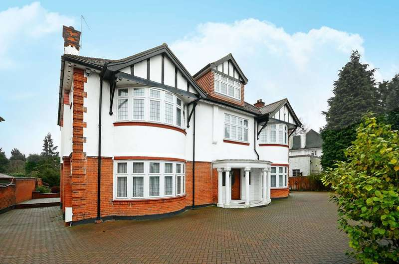 7 Bedrooms House for sale in Broad Walk, Winchmore Hill, N21