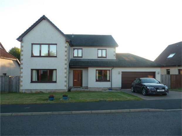 4 Bedrooms Detached House for sale in Bennecourt Drive, Coldstream, Scottish Borders
