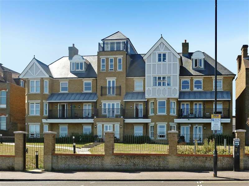 2 Bedrooms Apartment Flat for sale in Central Parade, Herne Bay, Kent