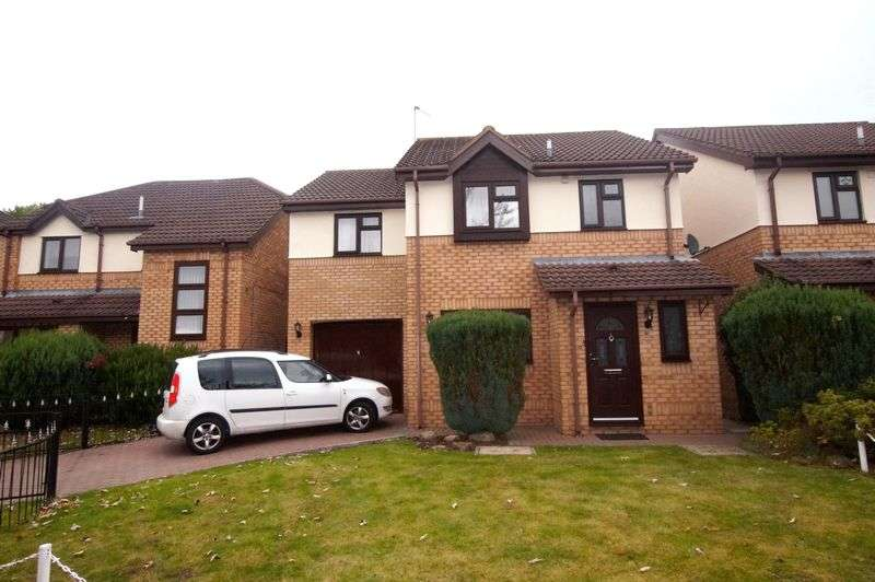 4 Bedrooms Detached House for sale in Bickleywood Drive, Wrexham