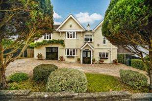 6 Bedrooms Detached House for sale in Purley Downs Road, South Croydon