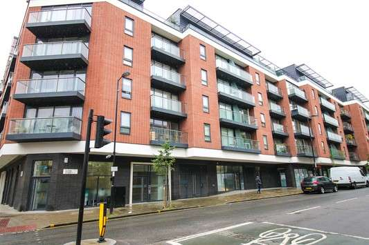 3 Bedrooms Flat for sale in Clerkenwell Quarter, 33-39 Seward Street, Clerkenwell