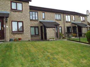2 Bedrooms Flat for sale in Albion Court, Burnley, Lancashire, BB11