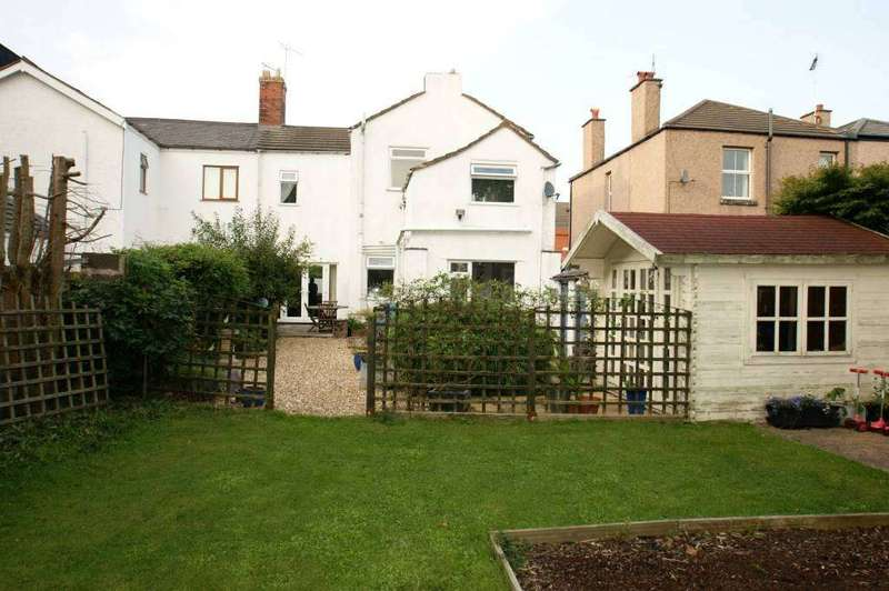 3 Bedrooms Semi Detached House for sale in Brunswick Road, Buckley, Flintshire, CH7 2EF